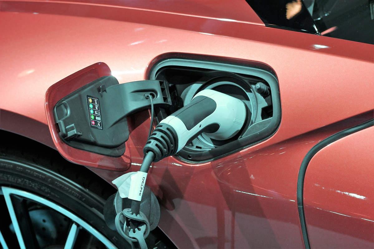 borne recharge électrique voiture
